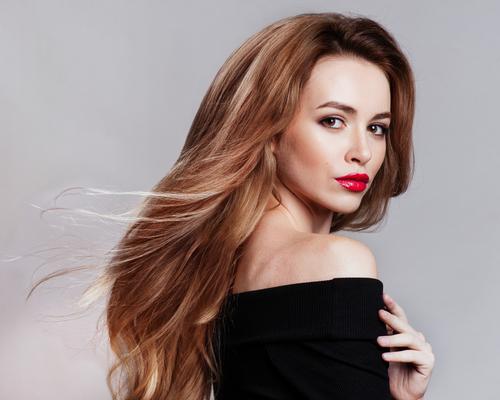 女性モデル 前髪長め画像