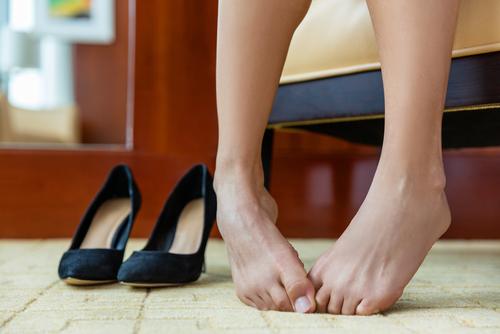爪水虫(爪白癬)の症状や原因・治療法まとめ