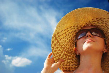 麦わら帽子 女性